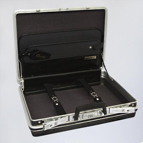чемодан Дипломат