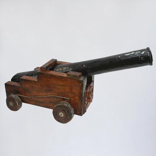 старая пушка