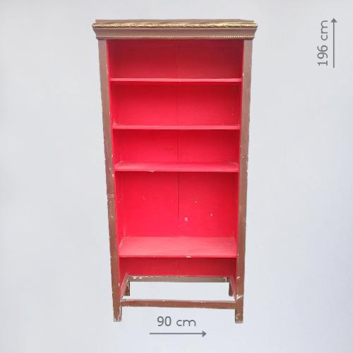 Бутафорский шкаф в стиле СССР